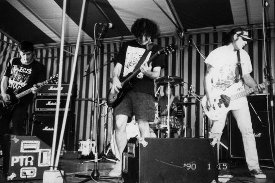 Ls Maniacs live 1990